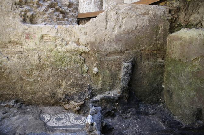 1498480429682.JPG--roma_come_pompei__scoperta_casa_di_legno_durante_gli_scavi_della_metro_c_in_via_dell_amba_aradam